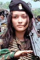Una guerrillera de las FARC